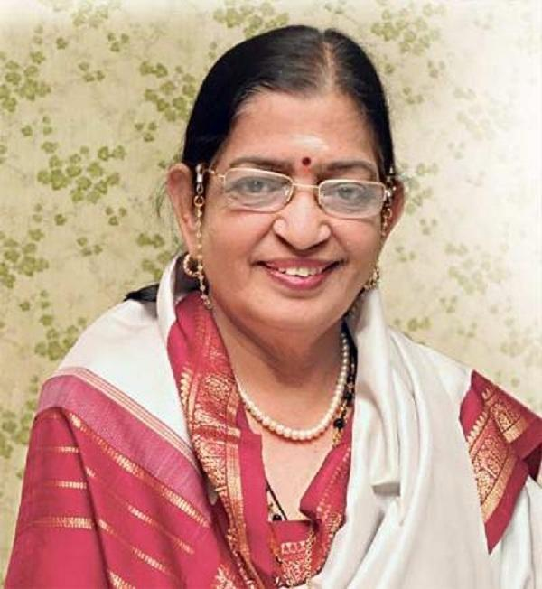 பாடகி பி.சுசீலா