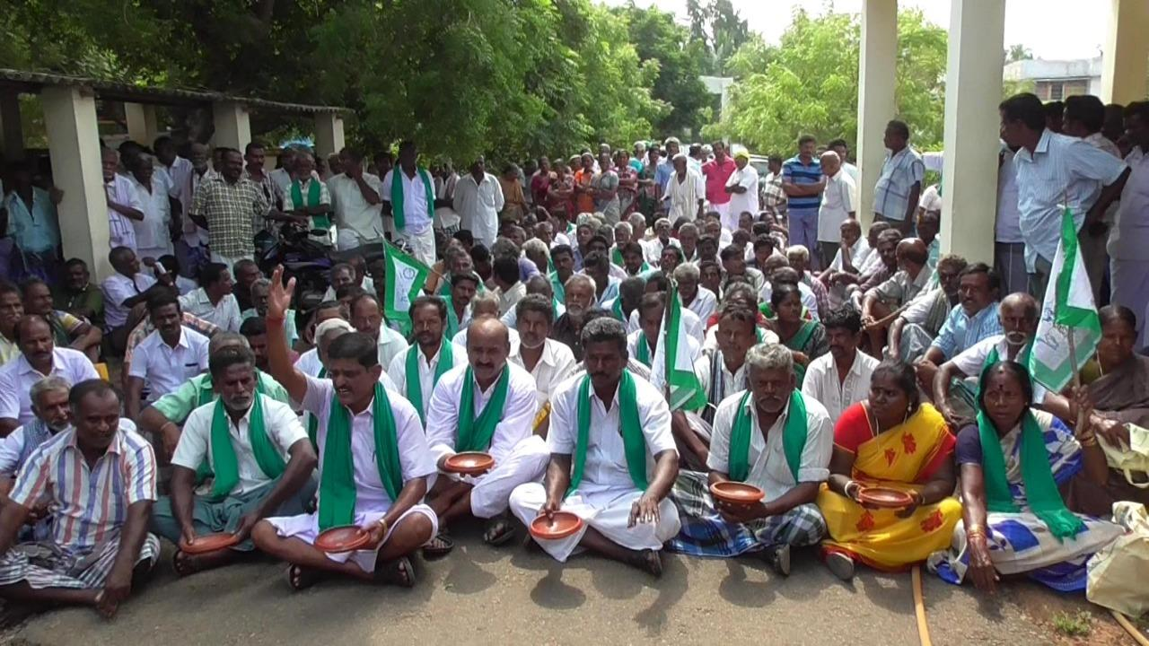 farmers protest in kovilpatti