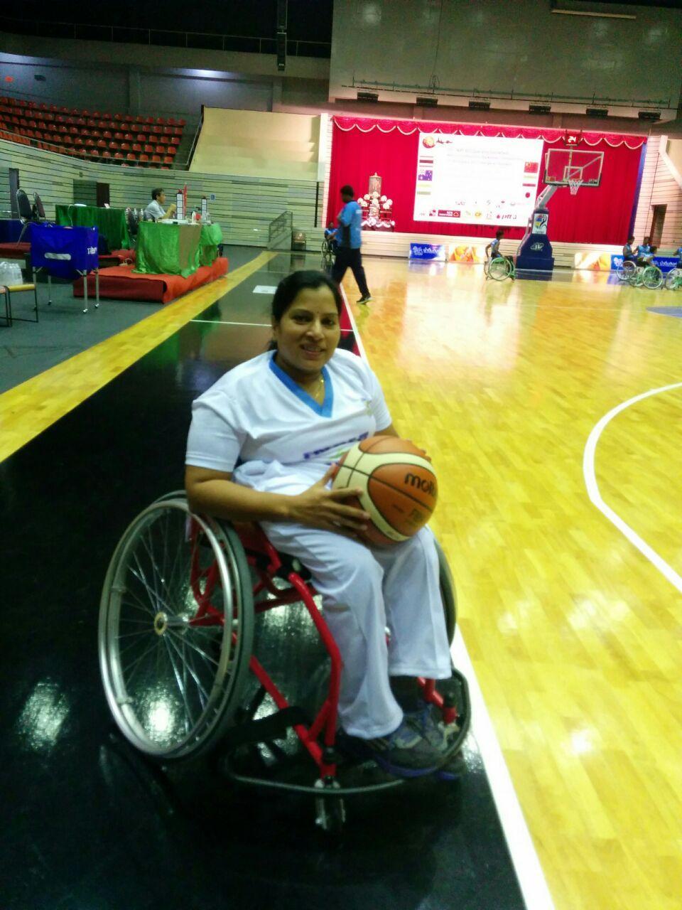 மாதவி லதாவிற்கு  wheelchair basketball