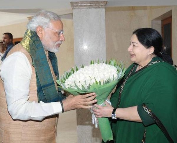 மோடியுடன் ஜெயலலிதா - போயஸ்கார்டன்