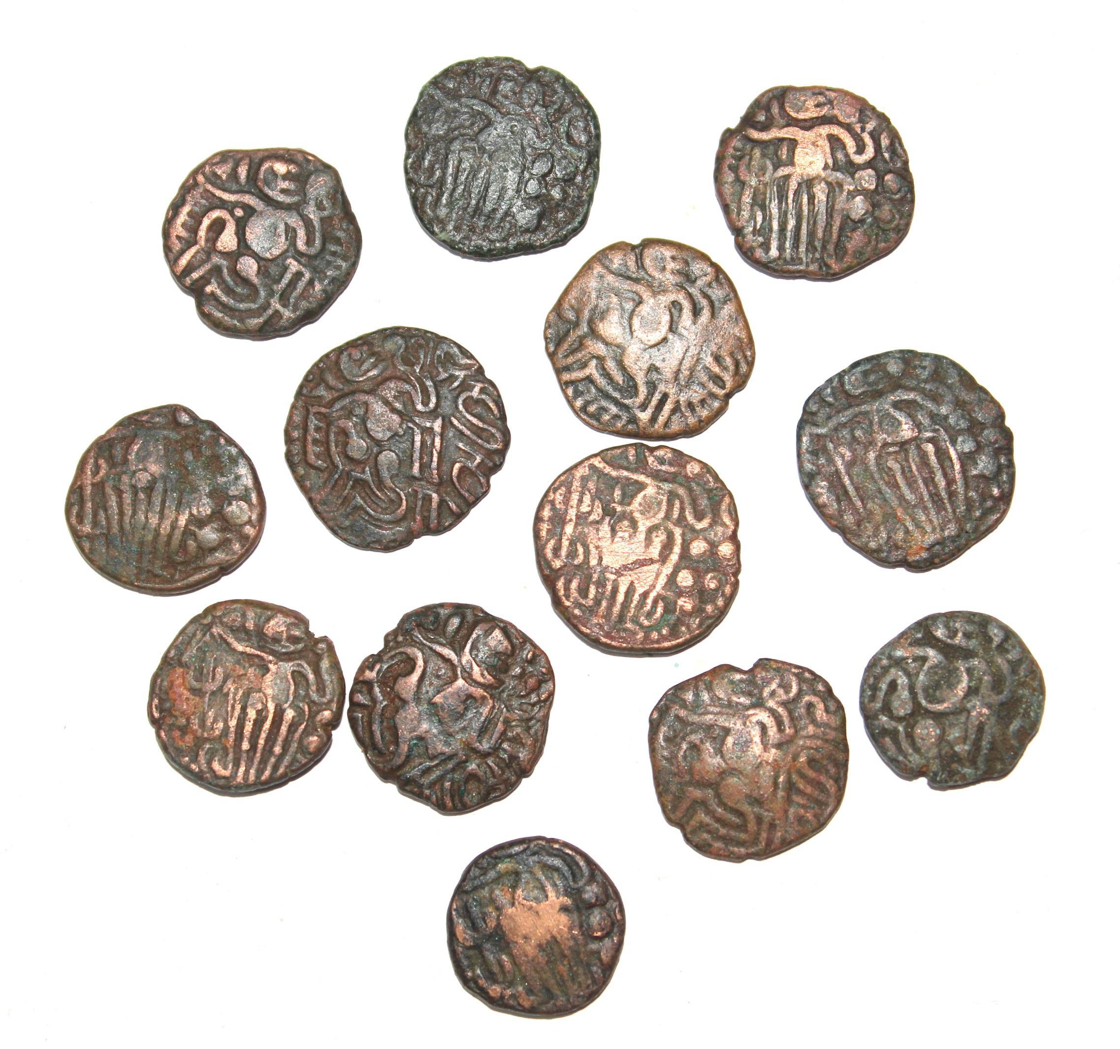 திருப்புல்லாணி அருகே கண்டெடுக்கப்பட்ட ஈழக்காசுகள்