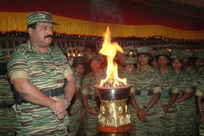 மாவீரர்கள் தினத்தில் பிரபாகரன்