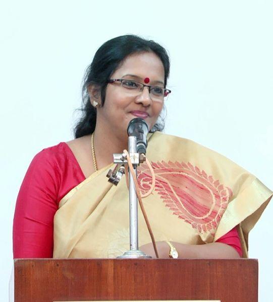 சியாமளா