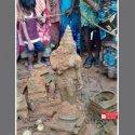 மான் மழு தாங்கிய மங்கல மூர்த்தி... பழஞ்சூரில் புதைந்து கிடந்த பழமலைநாதர்! #VikatanPhotoStory