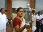 மாநகராட்சி குடிநீரில் புழு, துர்நாற்றம்! கலெக்டர் ரோகிணியை அதிரவைத்த பெண்கள்