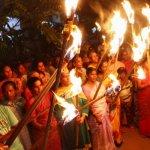 கோவை மாநகராட்சி நிர்வாகத்தைக் கண்டித்து தீப்பந்தம் ஏந்திப் போராட்டம்!