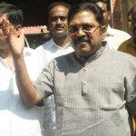 'அரசியல் வேண்டாம்; வியாபாரத்தைப் பாருங்கள்!' - சசிகலா குடும்பத்து வேர் வரை பாய்ந்த டெல்லி #VikatanExclusive