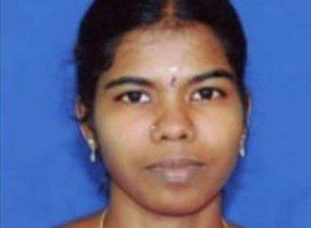 குழந்தைகளைக் காப்பாற்ற உயிரிழந்த சுகந்தி டீச்சரின் குடும்பம் எப்படி இருக்கிறது? #VikatanExclusive