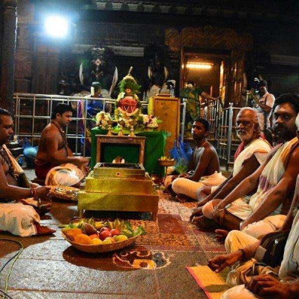நெல்லையப்பர் கோயிலில் கும்பாபிஷேகம் பணிகள் தொடக்கம்
