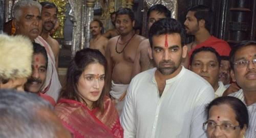 ஜாகீர்கான் தம்பதி