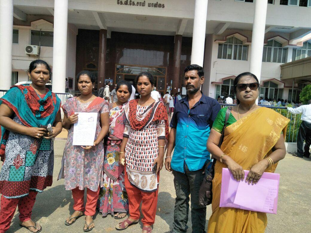 ravindrans daughter giving pettition to collector