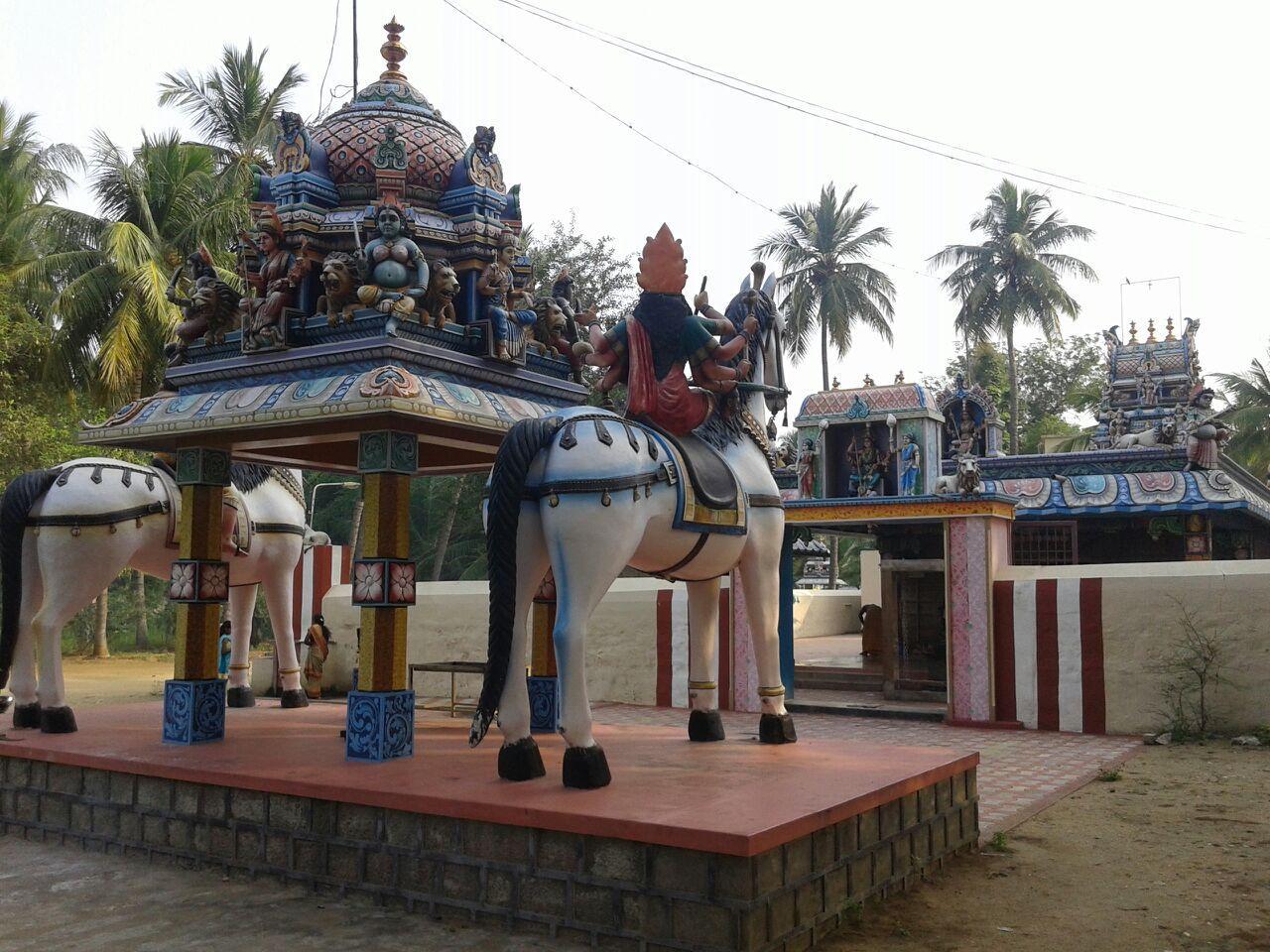 மலையாளச் சாமி கோயில்