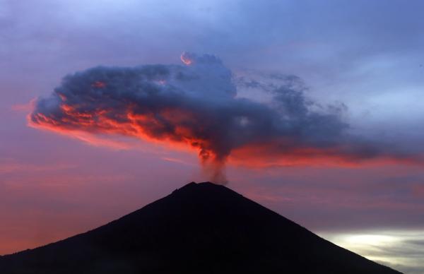 இந்தோனேஷிய எரிமலை