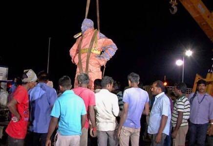 அகற்றப்பட்ட சிவாஜி சிலை