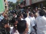 ஓட்டுக்கு ரூ.6 ஆயிரம்! - கலவரக்காடான ஆர்.கே.நகர்! #RKNagarAtrocities