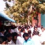 ஆர்.கே.நகரில் பதற்றம்... கடைகள் அடைப்பு! #RKNagarAtrocities