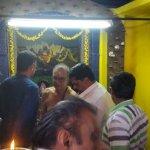 சனிப்பெயர்ச்சி... திரண்ட பக்தர்கள்... விழாக்கோலம் பூண்ட குச்சனூர்! #SaniPeyarchi2017