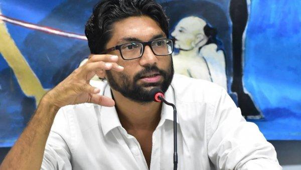 `பா.ஜ.க ஆட்சியமைக்க வாய்ப்பே இல்லை!' - ஜிக்னேஷ் மேவானி திட்டவட்டம்