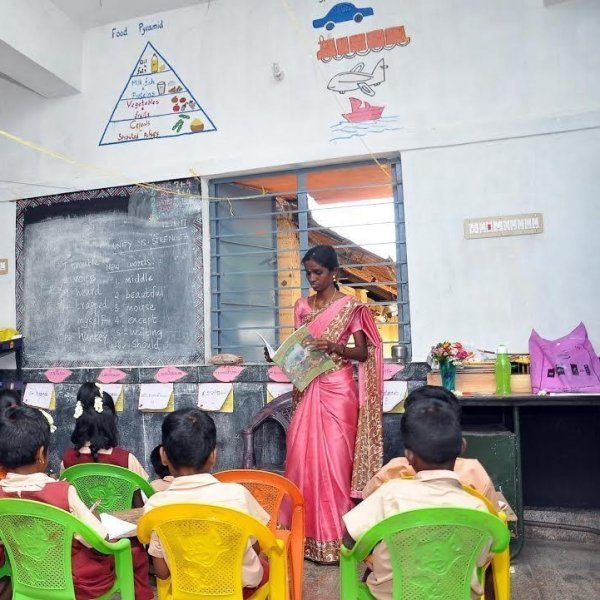 26,000 ஆசிரியர்கள் தகுதியில்லாதவர்கள்! மத்திய அமைச்சகத்தின் அதிர்ச்சி ரிப்போர்ட்