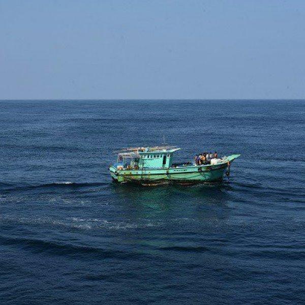 லட்சத்தீவுப் பகுதியில் தத்தளித்துக் கொண்டிருந்த 180 தமிழக மீனவர்கள் மீட்பு!