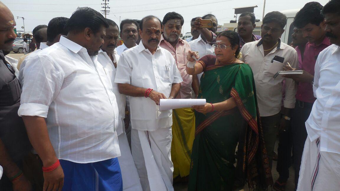 Minister kadamboor raju inspection in trichendur