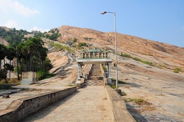 மச்சமுனி சமாதி