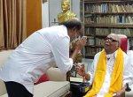 நலம் விசாரித்த ரஜினி... முகம்கொடுக்காத ஸ்டாலின்... என்ன நடந்தது கோபாலபுரத்தில்? #VikatanExclusive