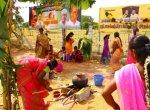 ரஜினிகாந்த் பெற்றோர் கிராமத்தில் பொங்கல் விழா வைத்து அசத்திய ரஜினி ரசிகர்கள்!