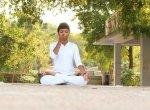 ஆஸ்துமா, சளி பிரச்னைகளைக் குறைக்க உதவும் எளிய கிரியா பயிற்சிகள், பிராணாயாமங்கள்! #Yoga