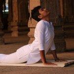 முதுகுத்தண்டை வலுவாக்கும் முதுகுவலி போக்கும் எளிய யோகா பயிற்சிகள்! #YogaForBackPain