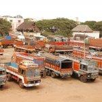 சரக்கு வாகனங்களுக்கு திடீர் `செக்'