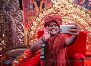 நித்தியானந்தா பக்தைகளின் உளவியல்...  மருத்துவ ஆராய்ச்சி சொல்லும் காரணம்!
