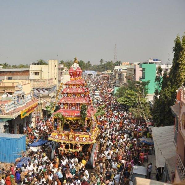 அரோகரா.. அரோகரா கோஷத்தால் அதிர்ந்த பழநி! கோலாகலமாக நடந்த தைப்பூசத் தேரோட்டம்