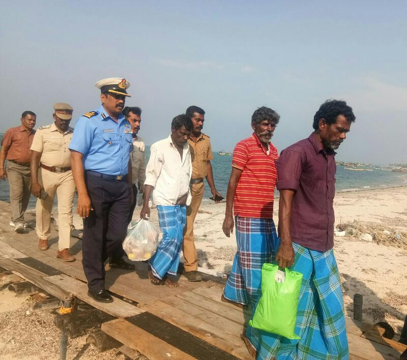 இலங்கை சிறையில் இருந்து விடுவிக்கப்பட்ட மீனவர் 3 பேர்