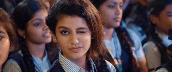 பிரியா பிரகாஷ் வாரியர்