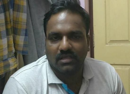 ஐடி அதிகாரியாக நடித்த பிரபாகரன்