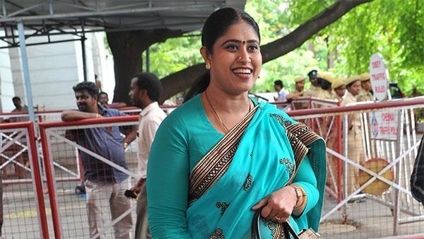 விஜயதாரணி   காங்கிரஸ்
