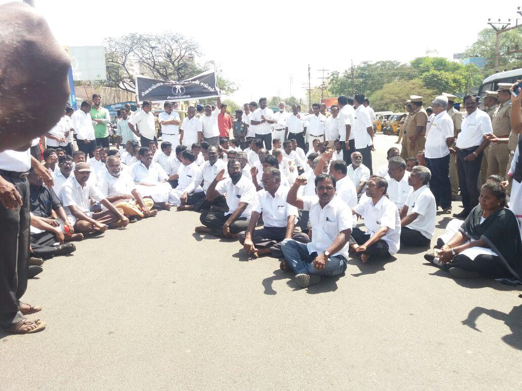 lawyers-in-sivaganga-request-road-access