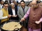 அல்வா கிண்டுவது முதல் அச்சடிப்பது வரை... 'பட்ஜெட்டின் ரகசியம்' காக்கும் ராஜதந்திரங்கள்! #Budget2018