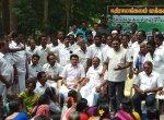 'தியாகிகள் 18 பேரில் ஒருவருக்கு முதல்வர் பதவி!'- குஷிப்படுத்திய தினகரன்