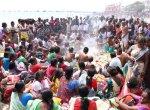 7 பேருந்துகள்... 450 உறவினர்கள்... ராமேஸ்வரம் கடலில் நடந்த நெகிழ்ச்சி சம்பவம்