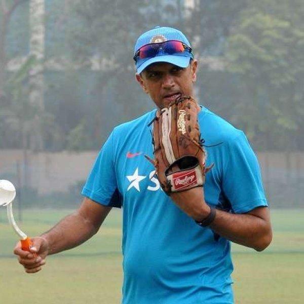 கோலியின் அணிக்குப் பாடம் கற்றுக் கொடுக்கும் டிராவிட் அண்ட் கோ! #U19CWC