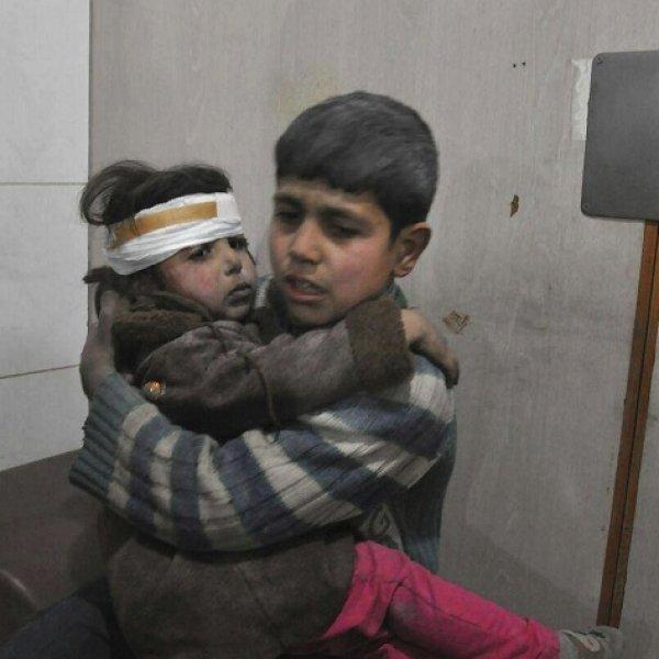 `ஒரு நாளைக்கு 5 மணி நேரம்தான்!' - மக்களின் உயிரோடு விளையாடும் சிரியா அரசு #SaveSyria
