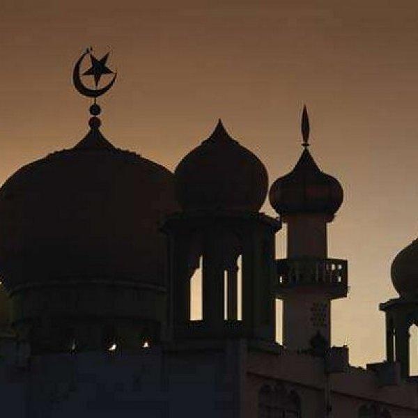 இந்துக்கள், சீக்கியர்கள் உதவியுடன் கட்டப்படும் மசூதி - மத நல்லிணக்கத்தைப் பேணும் கிராமம்!