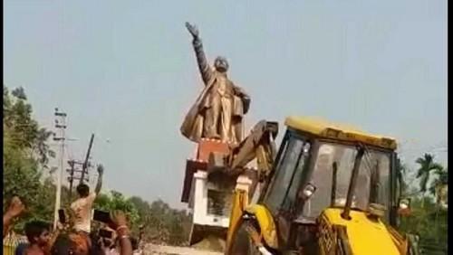 திரிபுரா லெனின் சிலை அகற்றம்