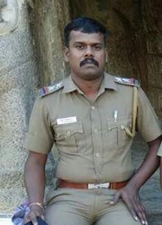 போலீஸ் எஸ்.ஐ. சதீஷ்குமார்