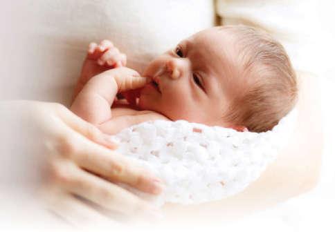 பிறந்த குழந்தை