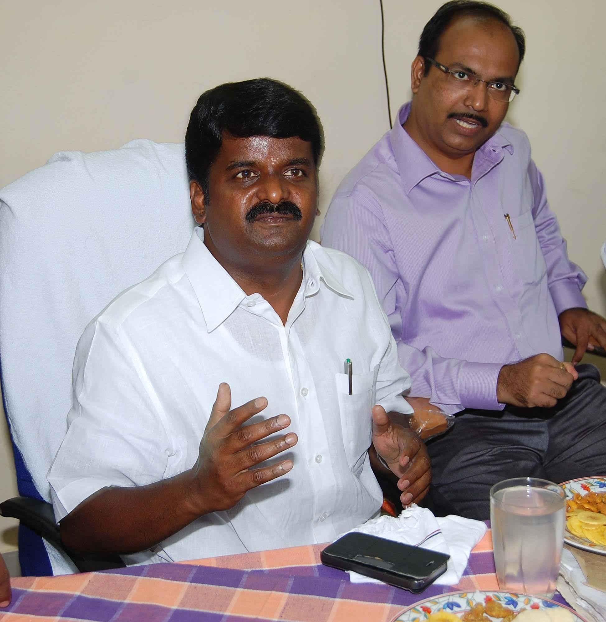 சுகாதாரத்துறை அமைச்சர் விஜயபாஸ்கர்
