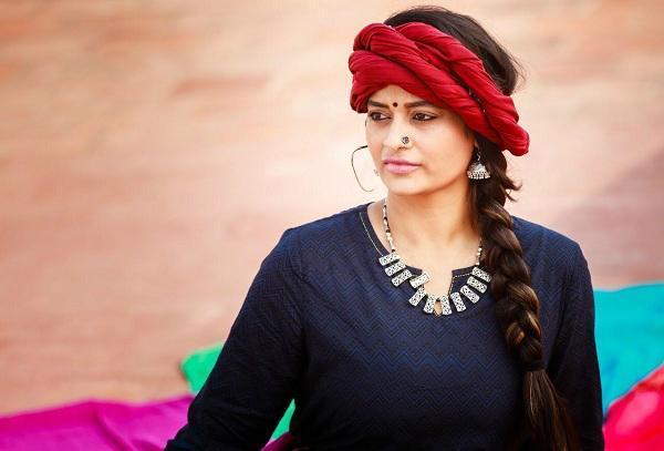 நடிகை சுஜா வருணி