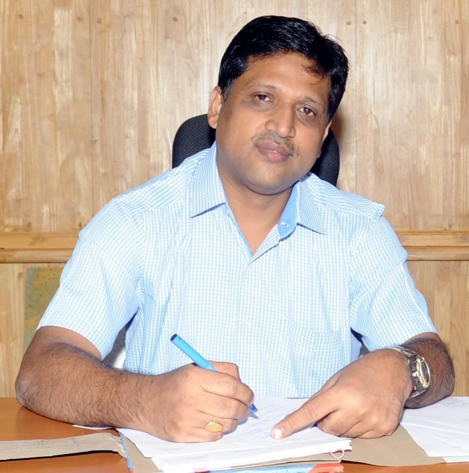 பட்டாசுக் கடைகளுக்கு புதிய கட்டுப்பாடுகள் விதித்த விருதுநகர் மாவட்ட ஆட்சியர் சிவஞானம்